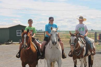 Kade, Anna, Kaine on Horses July 2018-1