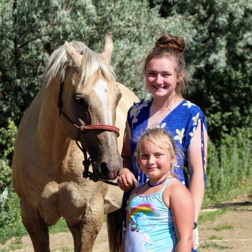 Anna Leroy and Scarlett June 2020